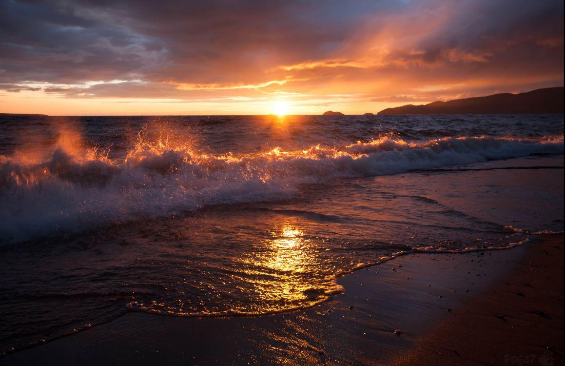 Обои послесвечение, прибойная волна, песок, закат, берег в разрешении 3520x2277