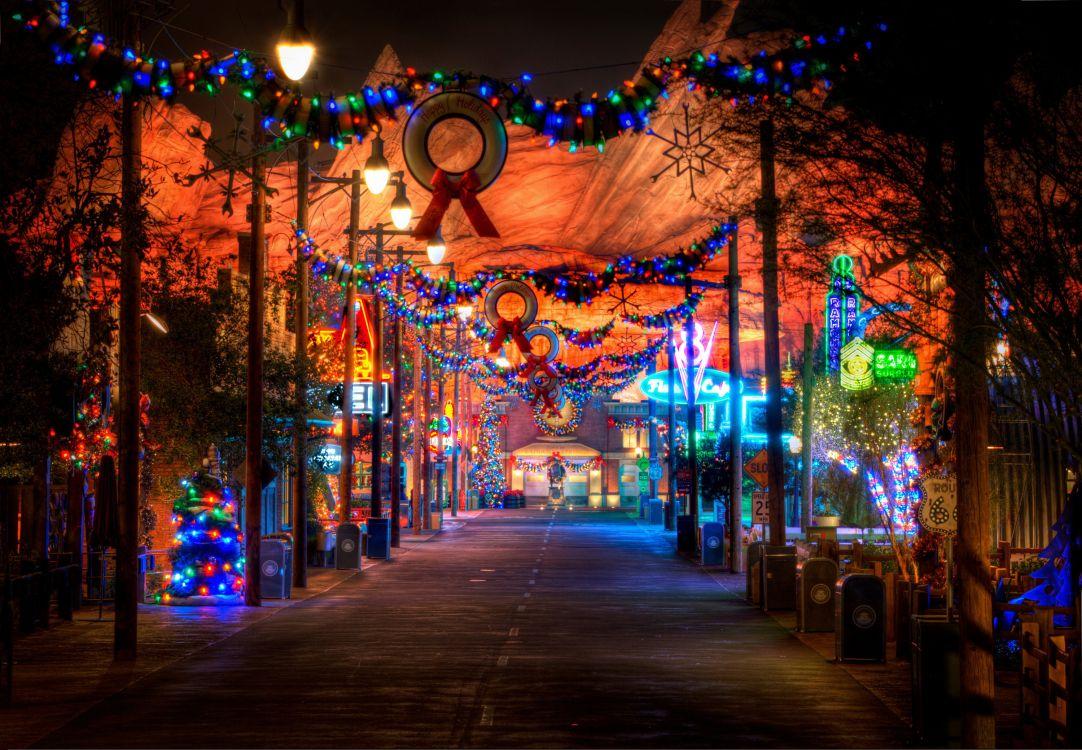Обои свет, улица, парк развлечений, город, Рождественский день в разрешении 3000x2079
