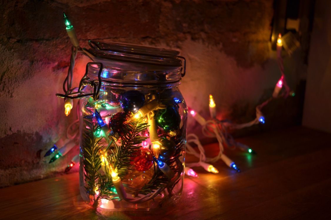 Обои фильм, стекло, праздник, свет, Рождество в разрешении 4608x3072
